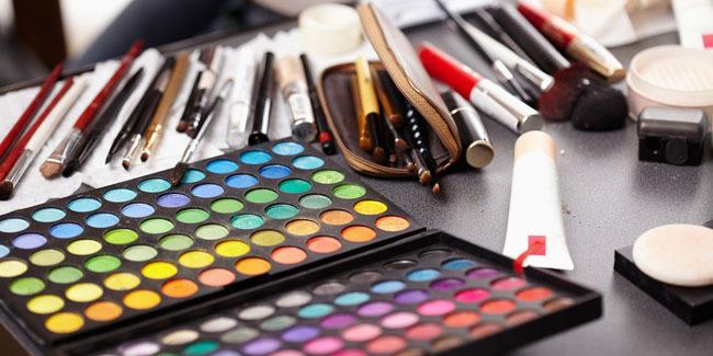 Alat Makeup
